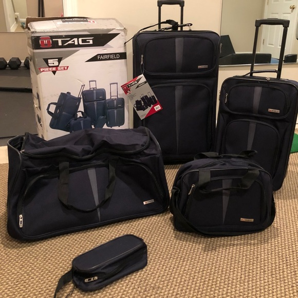 5 Piece TAG Fairfield Luggage set (never opened!)